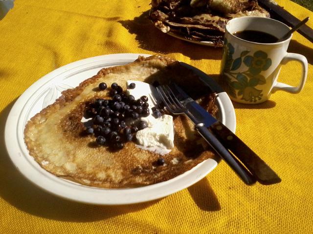 Pancakes, icecream and berries