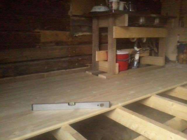 Installing the floor planks